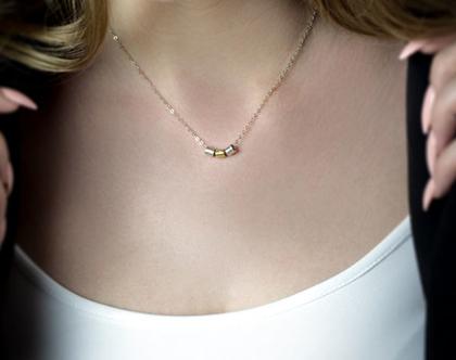 שרשרת זהב נוצצת,שרשרת תליון ארוכה,שרשרת זהב עם אבן,שרשרת תליון,שרשרת זהב צהוב,שרשרת שכבות,שרשרת יוקרה,שרשרת רוז גולד,שרשרת יוקרתית