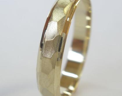 טבעת נישואין זהב 14 קראט משושים.