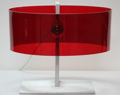 מנורת שולחן וינטאג׳ אדומה ומיוחדת