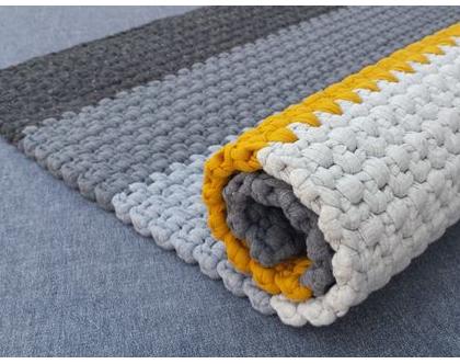 שטיח טריקו קטן   שטיח מלבני סרוג   שטיחון עבודת יד   שטיחון סרוג   שטיחון למטבח   שטיחון לחדר שינה   שטיח ליד המיטה   שטיחים סרוגים