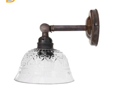 (ירון) מנורת קיר זרוע ישרה מתכוננת מפליז מושחר,עם אהיל זכוכית בסיגנון וינטאג