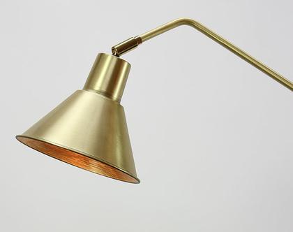 מנורת רצפה גבוהה מפליז וברזל