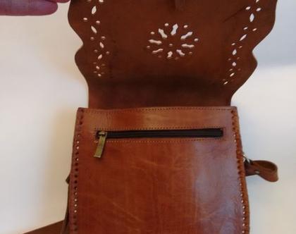 תיק עור קאמל רקוע 30% הנחה   תיק עור ריקועי תחרה בעבודת יד   תיק צד וינטג' עור קאמל