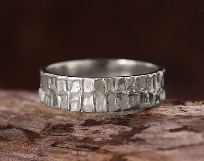טבעת זהב לבן לגבר, טבעת נישואין 14K, טבעת לחתן, טבעת זהב מעוצבת, טבעת נישואין קלאסית, טבעת נישואים לגבר, טבעת רחבה, טבעת עם נוכחות,טבעת לגבר