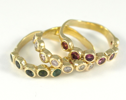 טבעת זהב 14קרט   טבעות משובצות אבני טורמלין   טבעות אירוסין   מעצבת תכשיטים ברעננה   טבעות מעוצבות   אורה דן תכשיטים  