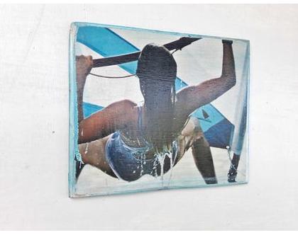 תמונה צבעונית | תמונת אישה | גולשת רוח |