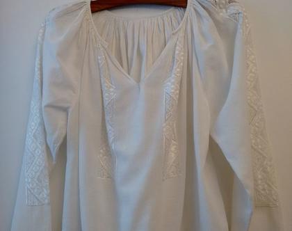 חולצה לבנה רקומה בוהו שיק | חולצה לבנה רקומה | חולצה רקמת יד שנות ה50' | מידה S M