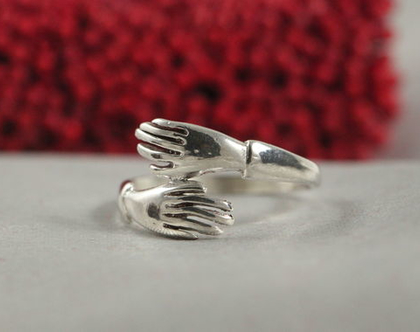 טבעות חיבוק כסף | טבעת כסף חיבוק הריון | טבעת כסף עדינה |טבעת כסף קלאסית | טבעת אופנתית | טבעת מעוצבת ידיים | טבעת בעבודת יד | כסף 925 |