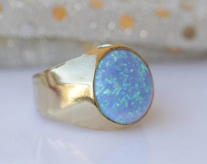 טבעת לגבר, טבעות לגברים, טבעת עם אבן אופל, טבעת עם אבן כחולה, טבעת חותם לגברים, טבעת גולדפילד ,טבעת גדולה לגבר, טבעת זהב גדולה, תכשיטים לגבר