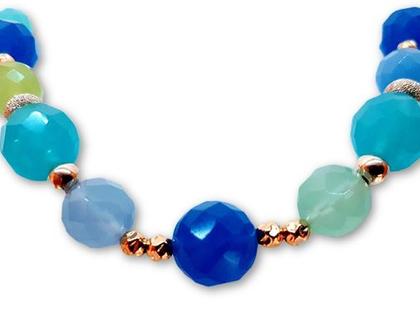 שרשרת חרוזים בגווני כחול- תכשיט מכסף עם חרוזים צבעוניות