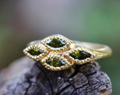 טבעת זהב וטורמלין, אבן ירוקה, טבעת מרשימה לאישה, טבעת זהב 22 קארט, טבעת אירוסין ייחודית, טבעת זהב מעוצבת עבודת יד, טבעת זהב יוקרתית