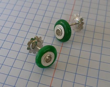 עגילים צמודים, עגילי כסף עם אבן אגת ירוקה