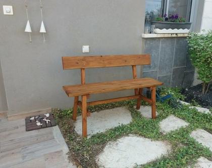 ספסל עץ לבית ולגינה עם משענת