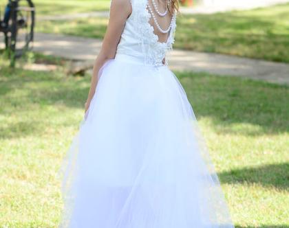 שמלת פנינים להשכרה