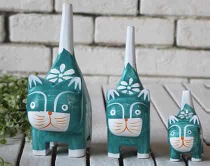 סט שלישיית פסלוני חתולים מעץ