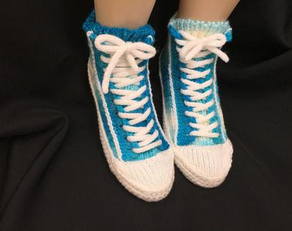נעלי בית סרוגות בסגנון קונברס