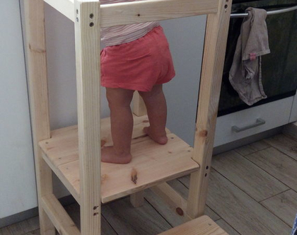 כיסא למידה עמידה/ מגדל עמידה למידה