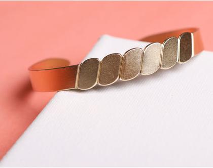 סט תכשיטים לחתונה /סט שרשרת צמיד ועגילים עדין זהב / סט תכשיטים זהב עבודת יד / תכשיט לחתונה / מתנה לכלה