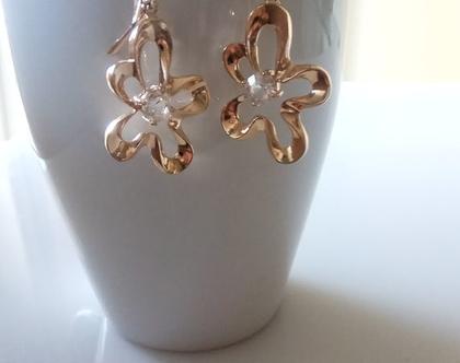 עגילי זהב ארוכים - עגילי פרחים בזהב - עגילי זהב תלויים