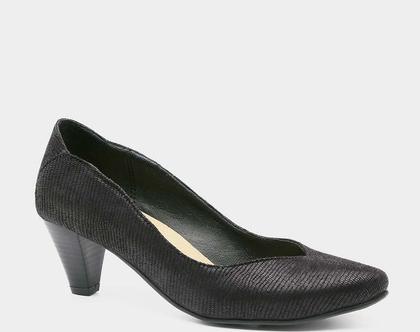 """נעלי עקב בצבע שחור, גובה עקב 6 ס""""מ. דגם 486111"""
