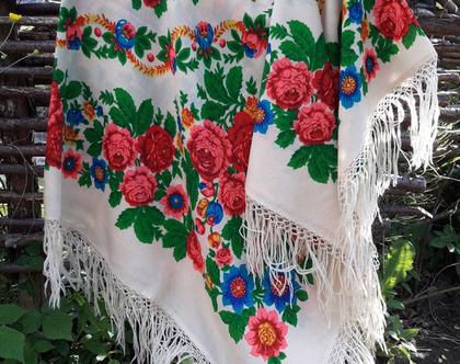 מטפחת גדולה/שאל לבן עם פרחים
