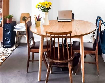 שולחן אוכל בסגנון וינטג׳