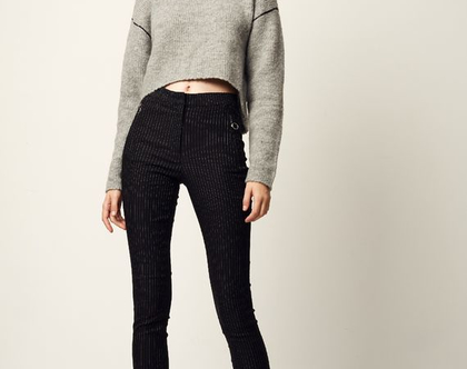 """מכנסי """"זואי""""   מכנסיים מחויטים   מכנסיים שחורים  מכנסי פסים   מכנסיים לנשים  """