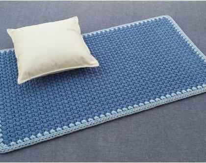 שטיח טריקו | שטיח סרוג | שטיח מלבני סרוג | שטיח עבודת יד | שטיח לחדר ילדים | שטיח לחדר שינה | שטיח ליד המיטה | שטיחים סרוגים