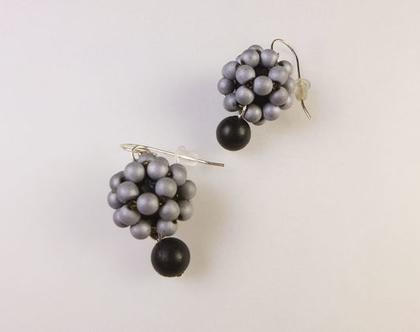 עגילי חרוזים | עגילים מאבנים טבעיות | עגילים באפור - שחור