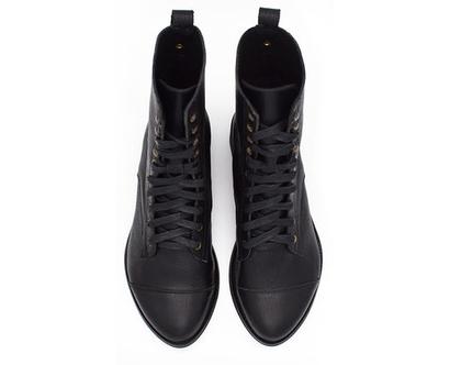 מגפיים שחורים- דגם ג'ניס שחורות