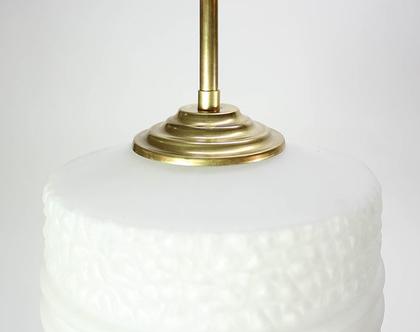 מנורת תקרה וינטאג׳ מחוספסת ולבנה