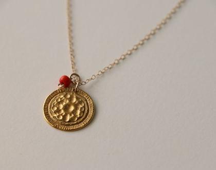 שרשרת מטבע מגולדפילד, שרשרת מטבע, מטבע עם אבן קורל,שרשרת זהב