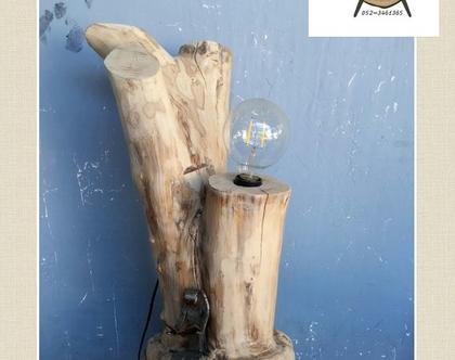 מנורה מעוצבת מעץ טבעי בשילוב פרזול