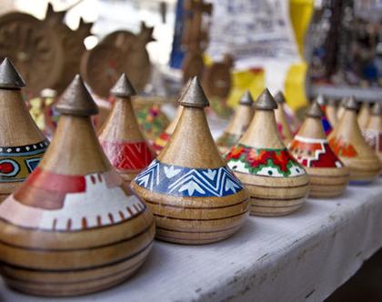 פורפרה מעץ עבודת יד מארמניה F103