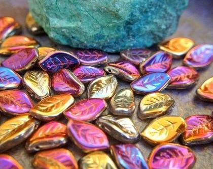 """חרוזי זכוכית בצורת עלים בצבעים כתום סגול חרוזים צ'כים 15X9מ""""מ"""