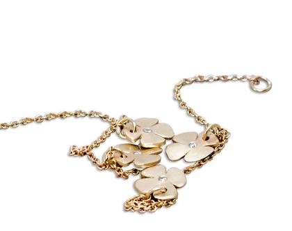צמיד זהב , צמיד עם פרחים ויהלומים