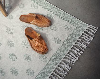 שטיח 150X200   שטיח לחדר ילדים   שטיח לסלון   שטיח כותנה   שטיח לחדר שינה   ירוק זית   שטיח ירוק לבן   שטיח פרחוני