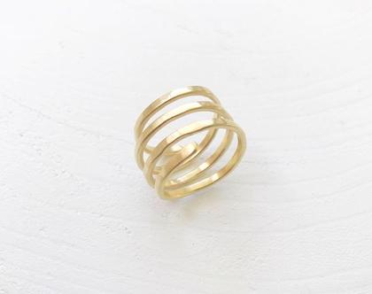 טבעת ליפוף זהב   טבעת נחש   טבעת עדינה   טבעת מיוחדת   טבעת בעבודת יד   טבעת רקועה
