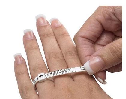 מדיד למדידת אצבע בשביל טבעת | מדיד טבעות | תכשיטי שליו
