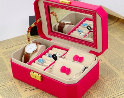 קופסת תכשיטים לבית ולטיולים