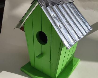 תיבת קינון דגם בית קיץ בחוף - ירוק