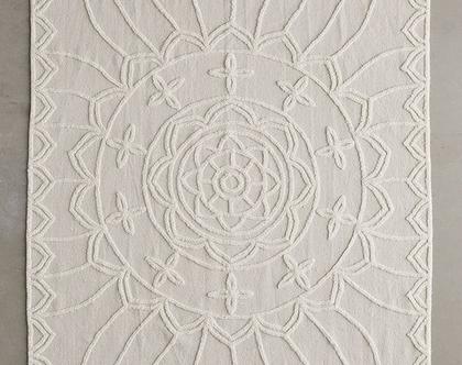 שטיח כותנה תלת מימדי בגוון שנהב, שטיח נורדי לבן, שטיח סקנדינבי לבן