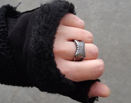 טבעת כסף שחורה, טבעת לגבר