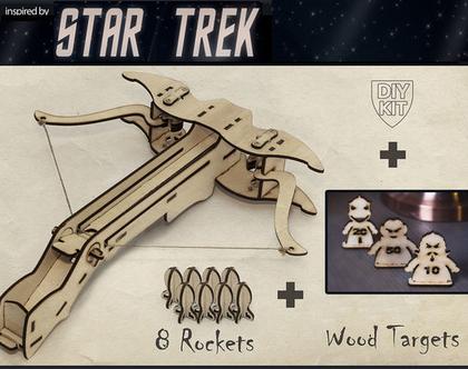 ערכה להרכבה של רובה קשת מעץ עם מטרות מסע בין כוכבים