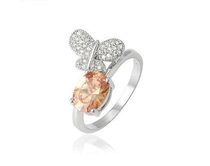 טבעת פרפר ואבן חן