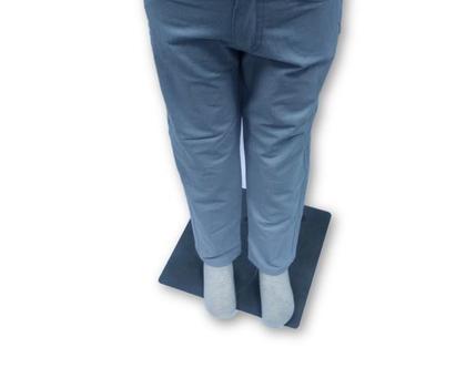 מכנס כותנה כיס עגול צבע תכלת בהיר