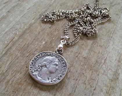 תליון מטבע רומי עתיק // שרשרת כסף קצרה // שרשרת מודרנית // מתנה ליום הולדת // שרשרת ליומיום