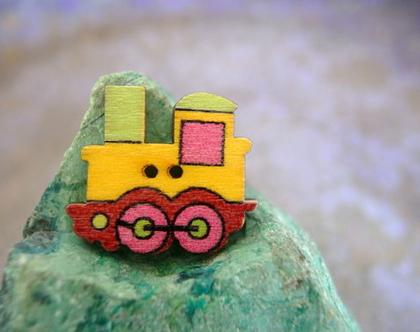 """6 כפתורי עץ לילדים וליצירה בצורת קרון רכבת בצבע צהוב גודל 25X22 מ""""מ"""