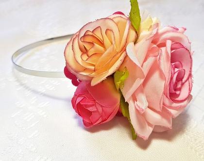 קשת פרחונית ורדים ורודים