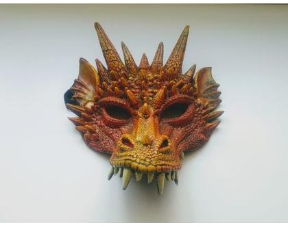 מסיכת דרקון אדום לפורים